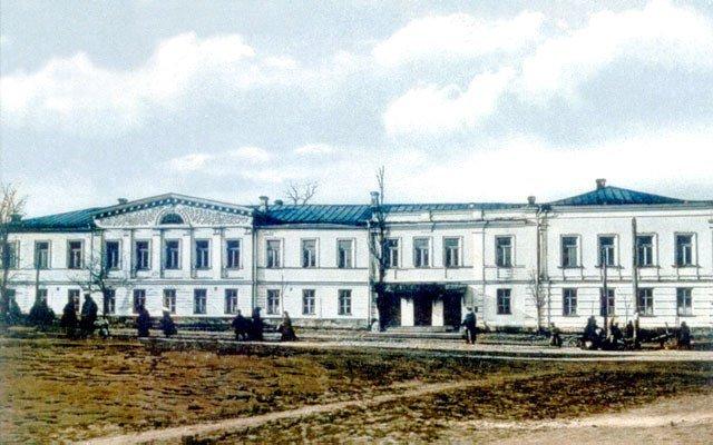 Mariinskaya zhenskaya gimnaziya. Nachalo XX veka